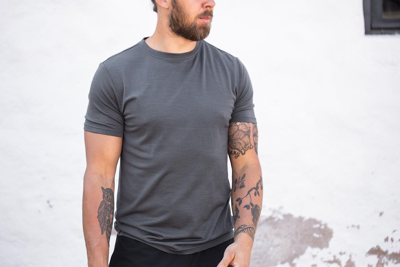 Merino Wool T-shirt, crew neck, regular, dark gray