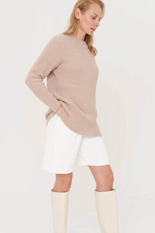 meriinovillane sviiter naistele beez
