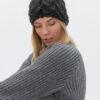 villane müts naiste tumehall